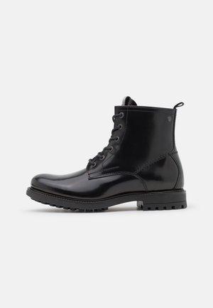 JFWBALLARD POLIDO SHOE - Šněrovací kotníkové boty - black