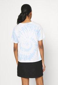 American Eagle - TIE DYE BRANDED  - Print T-shirt - blue - 2