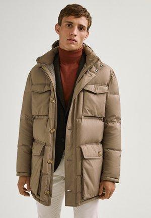 LANGE MIT TASCHEN - Winter coat - brown