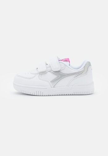 RAPTOR LOW UNISEX - Sports shoes - white/silver