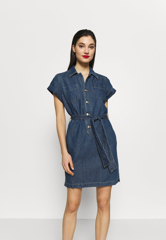 UTILITY DRESS - Denim dress - mid blue