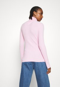 Tommy Jeans - FLAG ROLL NECK - Svetr - romantic pink - 2