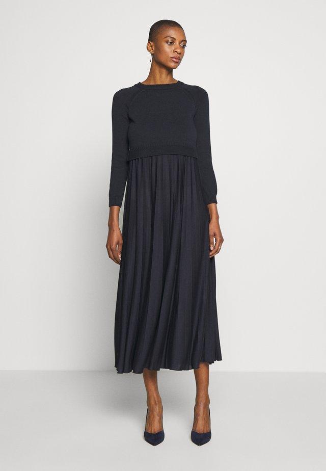 BARABBA - Robe en jersey - black