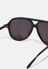 Alexander McQueen - UNISEX - Sluneční brýle - black/silver-coloured/grey - 2