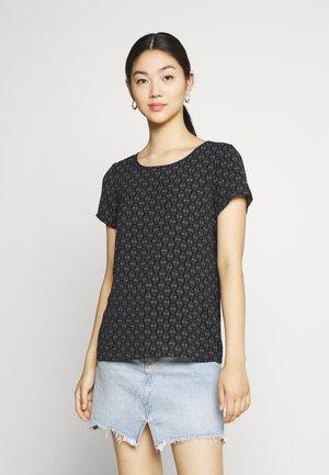 VMSAGA - Print T-shirt - black/kira