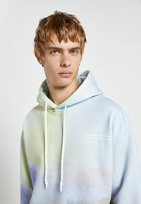 PULL&BEAR - Sweatshirt - light blue - 3