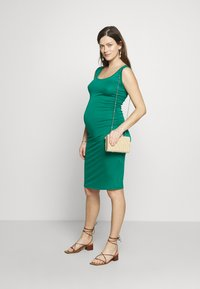Envie de Fraise - KIZOMBA TANK MATERNITY DRESS - Sukienka z dżerseju - green - 1