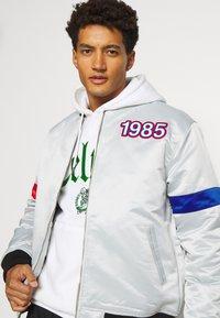 Mitchell & Ness - NBA ALL STAR  HEAVYWEIGHT JACKET - Training jacket - grey/platinum - 3