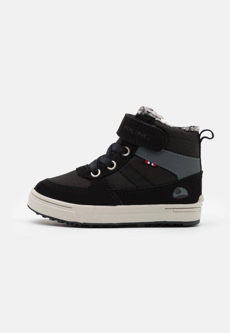 Viking - LUKAS WP UNISEX - Zimní obuv - black/grey