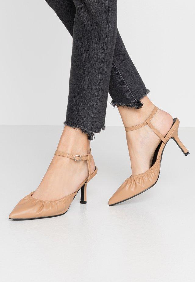 BLAIR - Classic heels - nude