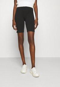 Lounge Nine - Shorts - pitch black - 0