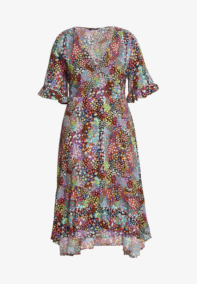 BUTTON THROUGH WRAP MIDI DRESS - Sukienka letnia - multicoloured