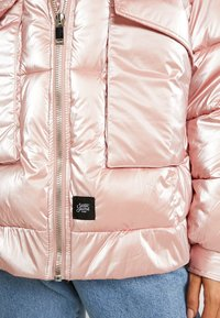 Sixth June - OVERSIZED CHEST POCKET - Winter jacket - pink - 5