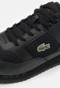 Lacoste - PARTNER PISTE - Sneakers basse - black/dark grey - 5