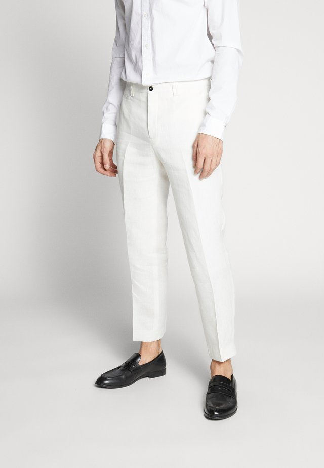 FINNMARK TROUSER - Pantaloni - white
