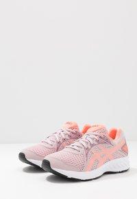 ASICS - JOLT 2 - Obuwie do biegania treningowe - watershed rose/sun coral - 3