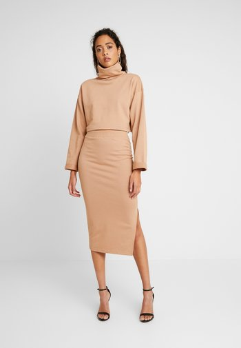 LOOPBACK COWL NECK CROP AND LOOPBACK MIDAXI SKIRT SET