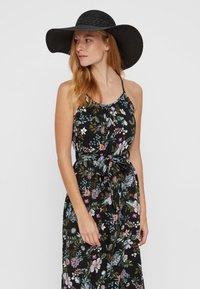 Vero Moda - VMJOLLA HAT - Hat - black - 0