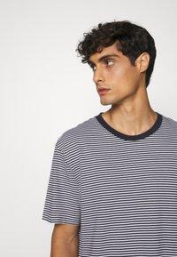 ARKET - Camiseta básica - blue - 6