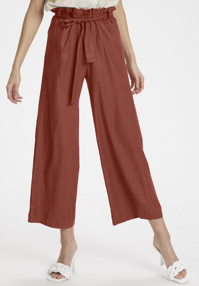 ANTONIAKB PANTS - Pantalon classique - redwood