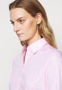 HUGO - THE FITTED - Blouse - light pastel pink - 4