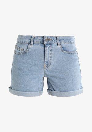 NMBE LUCY FOLD - Szorty jeansowe - light blue denim