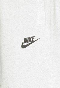 Nike Sportswear - REVIVAL - Short - white/multi-color/smoke grey - 2