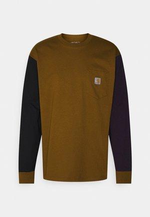 TRIPLE POCKET - Langærmede T-shirts - tawny/black/dark iris