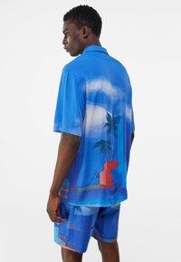 Bershka - RELAXED FIT - Shirt - blue - 2