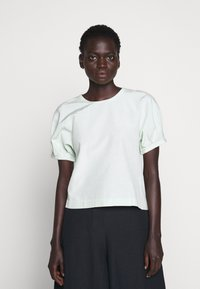 Club Monaco - SCULPTURED SLEEVE  - Blouse - green - 0