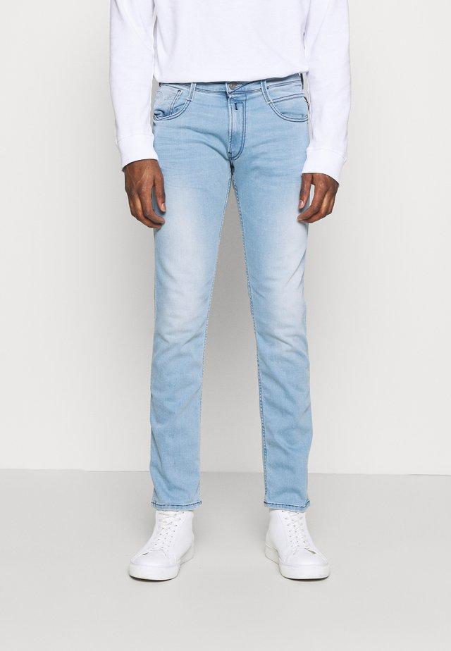 ANBASS - Jean slim - light blue