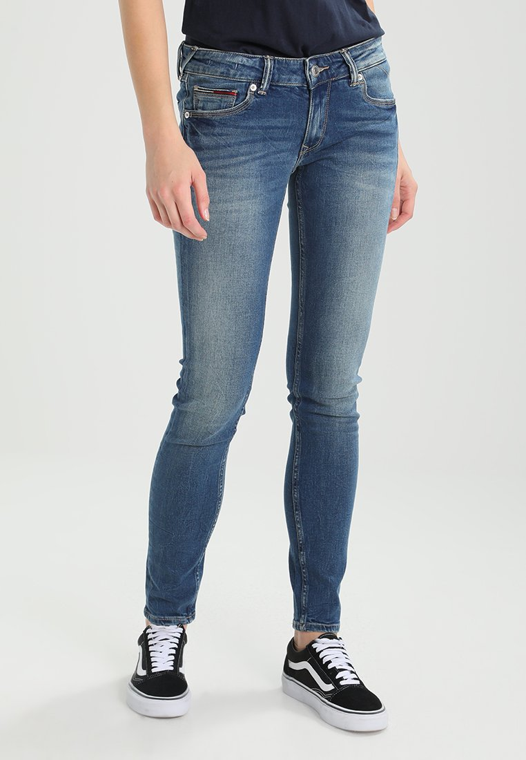 Tommy Jeans - LOW RISE SKINNY SOPHIE - Vaqueros pitillo - royal blue stretch