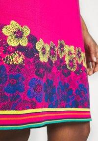 Ivko - DRESS INTARSIA PATTERN - Strikket kjole - pink - 6