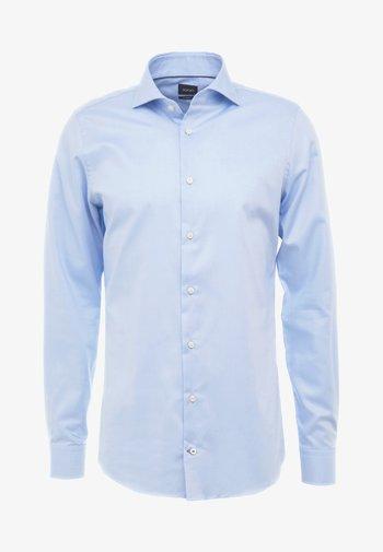 PANKO - Kostymskjorta - mittelblau