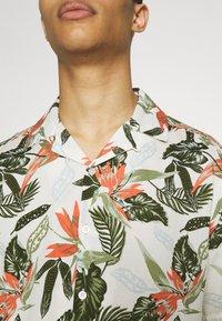 Only & Sons - ONSKLOPP LIFE SHIRT - Shirt - star white - 4