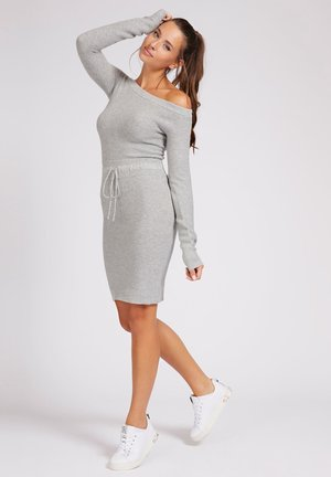 Robe pull - light grey