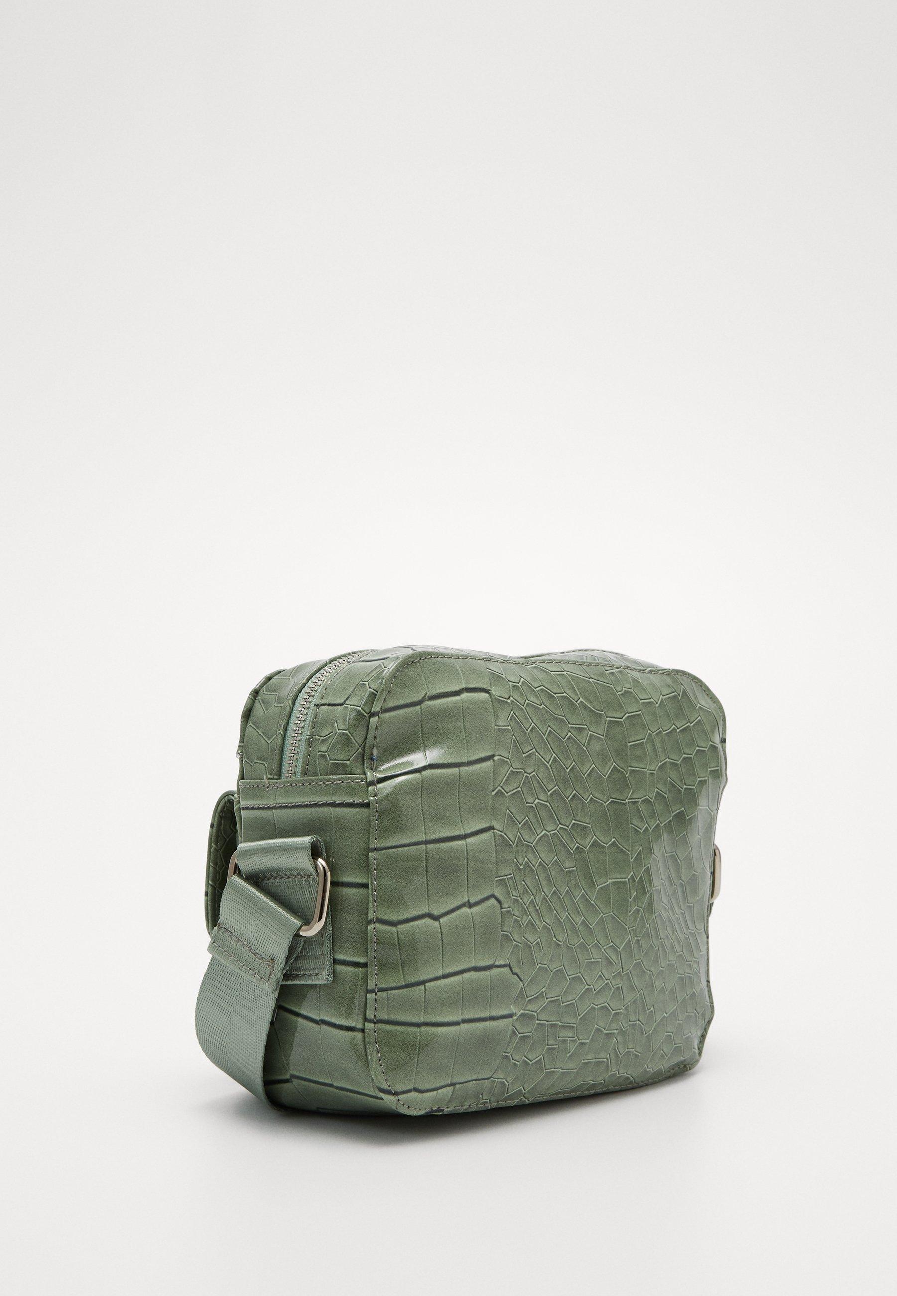 HVISK HALLI CROCO - Skulderveske - dusty green/grønn 3HpPwRg3h9OlwrF