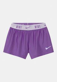 Nike Sportswear - PRACTICE PERFECT SET - Camiseta estampada - wildberry - 2