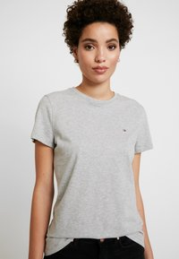 Tommy Hilfiger - T-shirts - light grey heather
