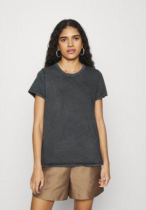 CLASSIC FIT TEE - Basic T-shirt - grey shadow