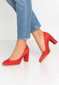 Clarks - KAYLIN CARA - Classic heels - red - 0