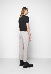 Won Hundred - BEN  - Spodnie materiałowe - moonstruck - 2