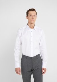 Sand Copenhagen - GORDON - Formal shirt - optical white - 0