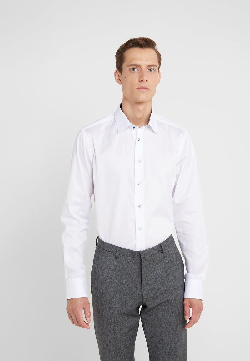 Sand Copenhagen - GORDON - Formal shirt - optical white