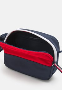 Tommy Hilfiger - YOUTH CAMERA BAG CORPORATE UNISEX - Across body bag - blue - 2