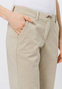 zero - Trousers - raw cotton - 3