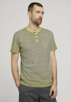 Print T-shirt - pale yellow printed stripe