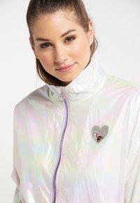 myMo - Waterproof jacket - white holographic - 3