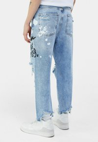 Bershka - Jean boyfriend - light blue - 2