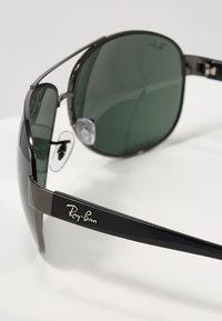 Ray-Ban - Solglasögon - gunmetal/green - 2